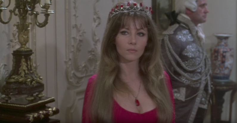 This image has an empty alt attribute; its file name is carmilla-ingrid-pitt-vampire-lovers.jpg